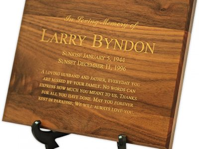 Creating a Memorial Space with a Wall Plaque Urn